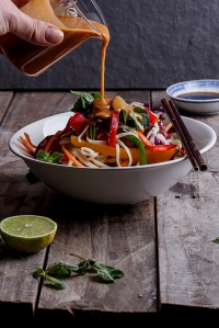 Asian-noodle-salad-with-peanut-ginger-dressing-5